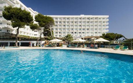 Španělsko - Mallorca na 4 až 15 dní, polopenze s dopravou letecky z Prahy přímo na pláži