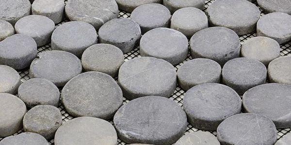 Garth Mozaika z andezitu - šedá obklady - 1x síťka2