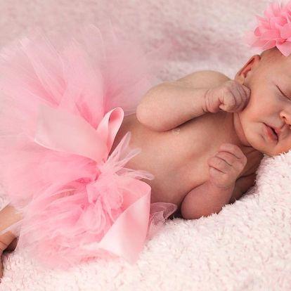 Newborn a těhotenské focení v ateliéru