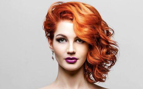 Střih a foukaná s možností barvy pro všechny délky vlasů