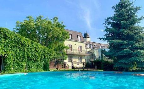 Bratislava: pobyt v zámeckém Hotelu Agatka **** s bazénem s polopenzí