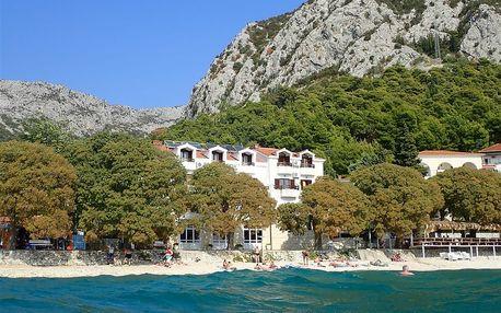 Chorvatsko - Gradac na 10 dní, plná penze nebo polopenze s dopravou autobusem přímo na pláži