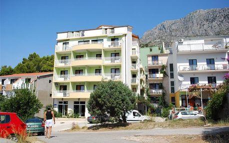 Chorvatsko - Makarská riviéra na 8 až 10 dní, polopenze s dopravou autobusem nebo vlastní 100 m od pláže