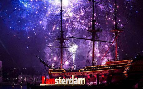 Amsterdam: Romantický Silvestr s ubytováním, snídaní a sektem do páru