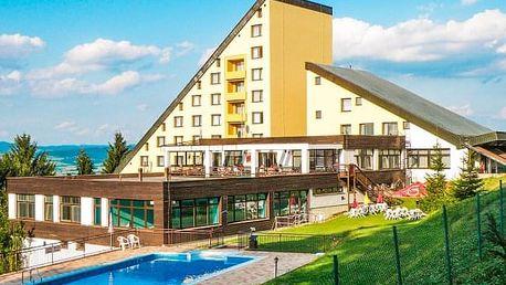 Bílé Karpaty s masáží a bazénem