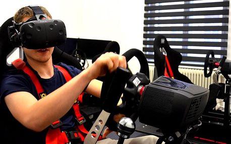V kůži závodníka: VR racing na simulátoru