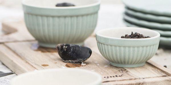 IB LAURSEN Keramická mini miska Mynte Green Tea Velikost M, zelená barva, keramika
