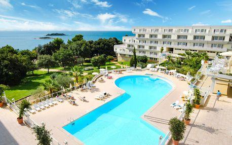 8–10denní Chorvatsko, Istrie | Hotel Delfin – Poreč Zelena Laguna** 50 m od moře | Dítě zdarma | Bazén | Polopenze | Autobusem nebo vlastní doprava