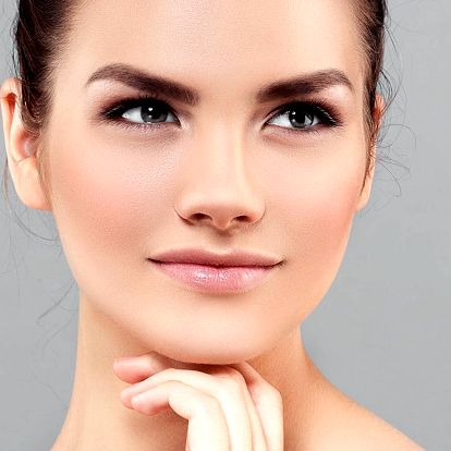 Kosmetické ošetření s mucinem hlemýžďů či kolagenem