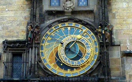 Úniková hra Magický orloj pro 3-4 hráče