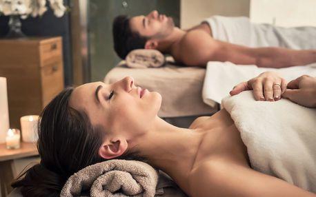 Relax pro dva: párová bylinná masáž i se zábalem