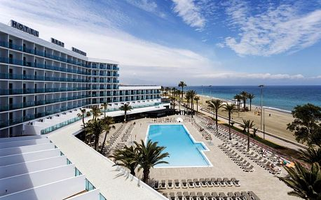 Španělsko - Costa de Almeria na 9 dní, all inclusive nebo polopenze s dopravou letecky z Prahy přímo na pláži