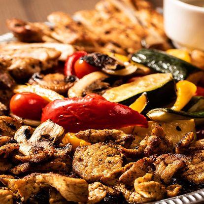 1 kg vepřového nebo krůtího masa i příloha pro 4