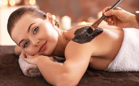 Vaše hodinka odpočinku: Čokoládová masáž se zábalem