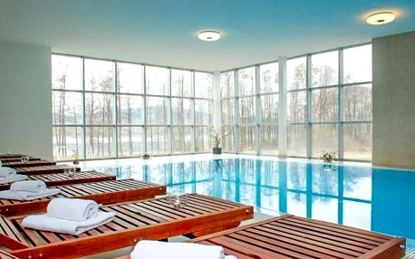 Lipno luxusně s bazénem a řadou výhod
