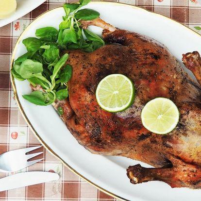 Pečená kachna na medu se 2 druhy zelí i knedlíků
