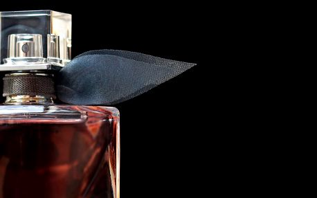 Namíchejte si vlastní parfém