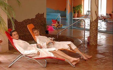 Neomezený wellness pobyt v Maďarsku v hotelu s polopenzí nedaleko Komárna
