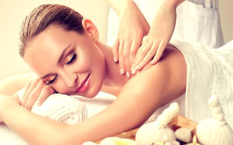 Relaxační olejová masáž nebo baňkování