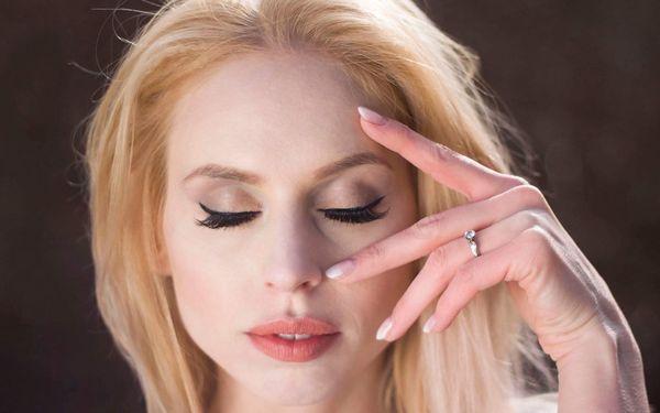 Denní nebo večerní make-up i kurz sebelíčení