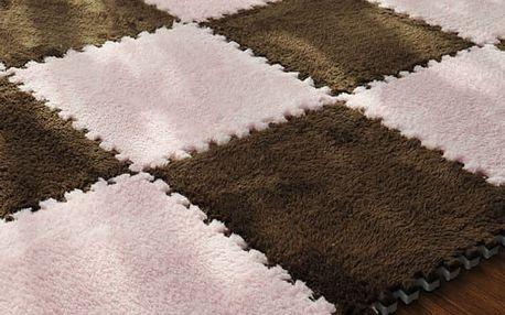 Skládací koberec s plyšovým povrchem