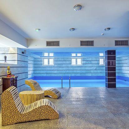 Královská Wroclaw v hotelu s orientálním nádechem s bazénem, saunou a párou neomezeně a polopenzí