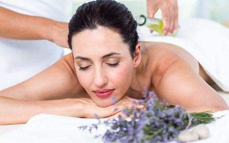 Hodinová levandulová masáž šíje, zad, ramen a plosek nohou
