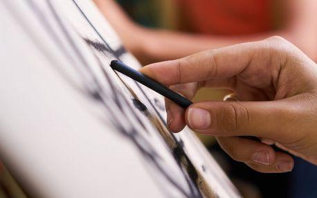 Kresba u malířského stojanu pro děti i dospělé