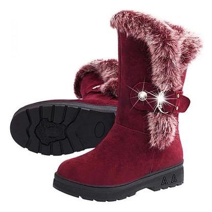 Zimní boty s kožíškem a přezkou