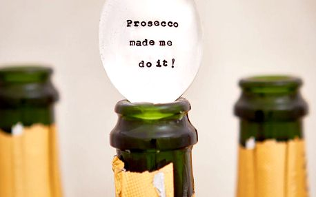La de da! Living Postříbřená čajová lžička Prosecco Made Me Do It, stříbrná barva, kov