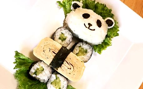 Sushi ve tvaru pandy pro malé milovníky Japonska