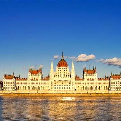 Maďarsko - Budapest na 3 dny, snídaně s dopravou autobusem
