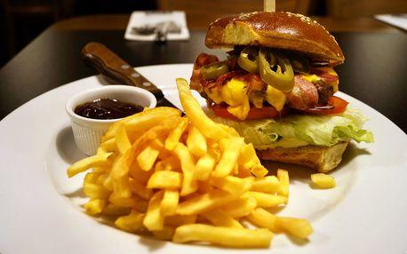 Císař burger s domácí bulkou a hranolky pro 1 os.