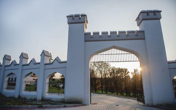 Romantický víkendový pobyt v Chateau Šarkan*** pri Štúrove3