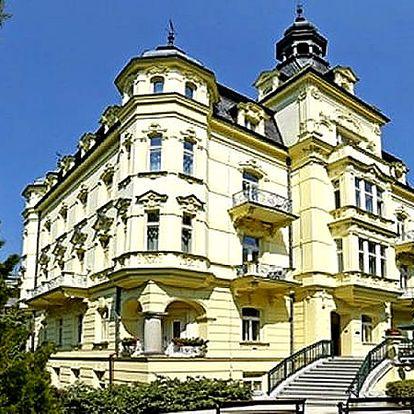 Léčebný pobyt pro dva v Karlových Varech. Ubytování, polopenze, wellness procedury, sauna, bazén.