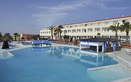 Kanárské ostrovy - Fuerteventura na 8 dní, all inclusive nebo bez stravy s dopravou letecky z Vídně, Budapeště nebo Prahy 8 km od pláže