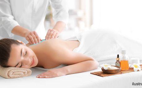 Péče o pleť s masáží i peelingová masáž zad