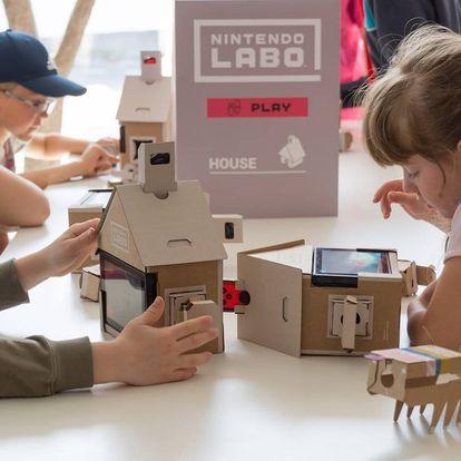Vstup do interaktivní laboratoře pro malé i velké