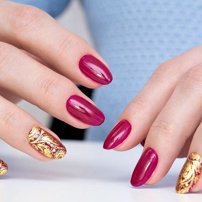 Modeláž akrylových nehtů pro dokonalé ruce