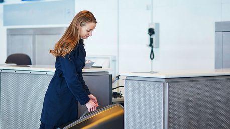 Příruční digitální váha na zavazadla + hliníkové pouzdro na doklady zdarma
