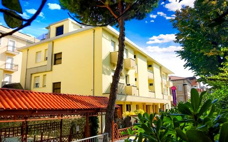 8–10denní Itálie, Rimini | Hotel Vannucci*** 200 m od pláže | Dítě zdarma | Bazén, parkování a plážový servis zdarma | Light all inclusive | Autobusem nebo vlastní doprava
