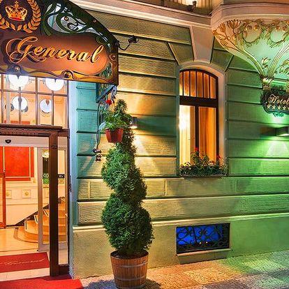 Elegantní 5* hotel v Praze s romantickou večeří