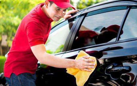 Ruční mytí karosérie vozidla i s voskováním