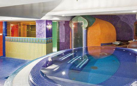 Orientální hotel s wellness u termálního jezera Hévíz v Maďarsku