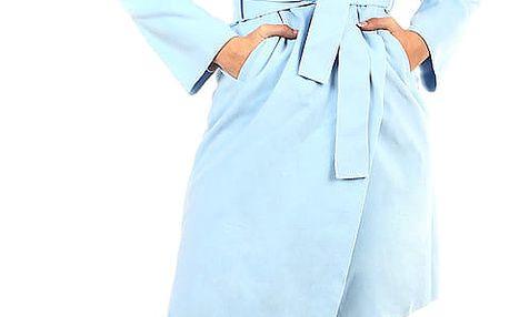 Zavinovací dámský kabát s páskem světle modrá