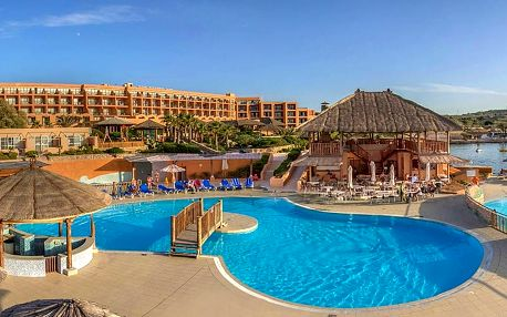 Malta - Mellieha na 6 až 8 dní, polopenze nebo snídaně s dopravou letecky z Prahy přímo na pláži