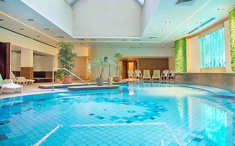 Maďarský Hévíz ve 4* hotelu s neomezeným wellness a polopenzí + dítě do 5,9 let zdarma