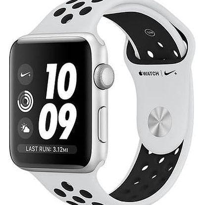 Apple Watch Series 3 Nike+ 42mm pouzdro ze stříbrného hliníku - bílý Nike řemínek (MQL32CN/A)
