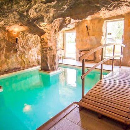Beskydy v hotelu s jeskynním bazénem