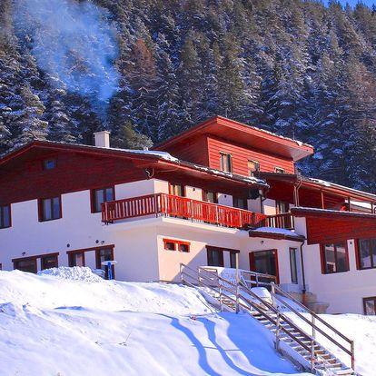Pobyt priamo pri lyžiarskej zjazdovke v Hoteli Studničky***